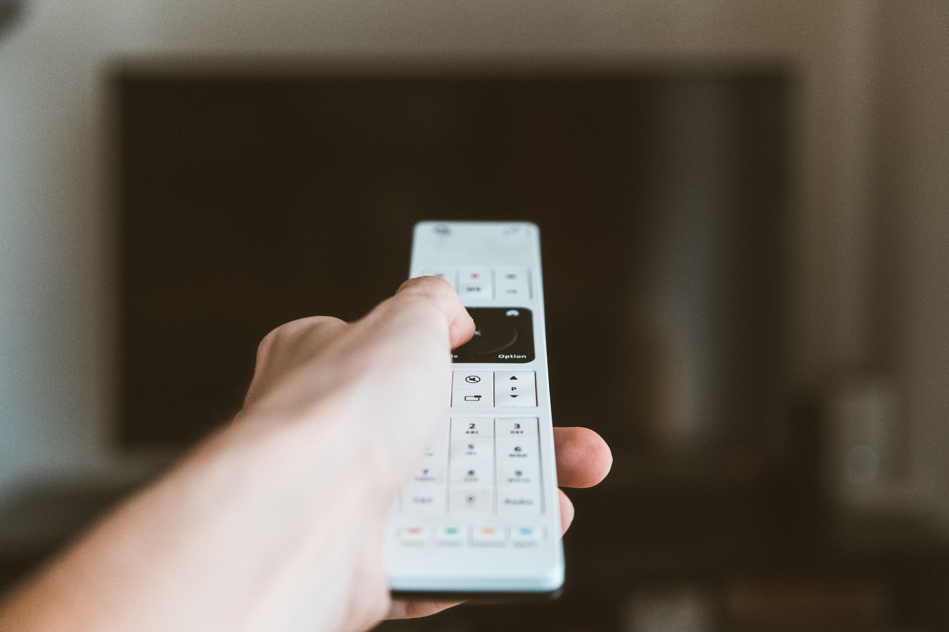 Increasing customer engagement and lifetime through improving the digital tv recommendations engine